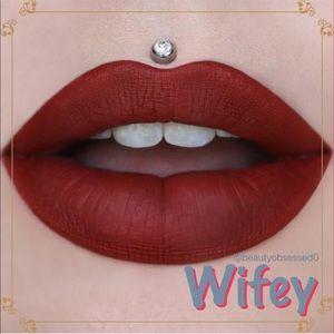 💗 Jeffree Star WIFEY Velour Liquid Lipstick